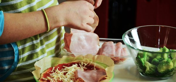 Kids In The Kitchen – A Child's First Time Baking